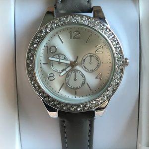 Lovely women's watch zirconia stones design, New
